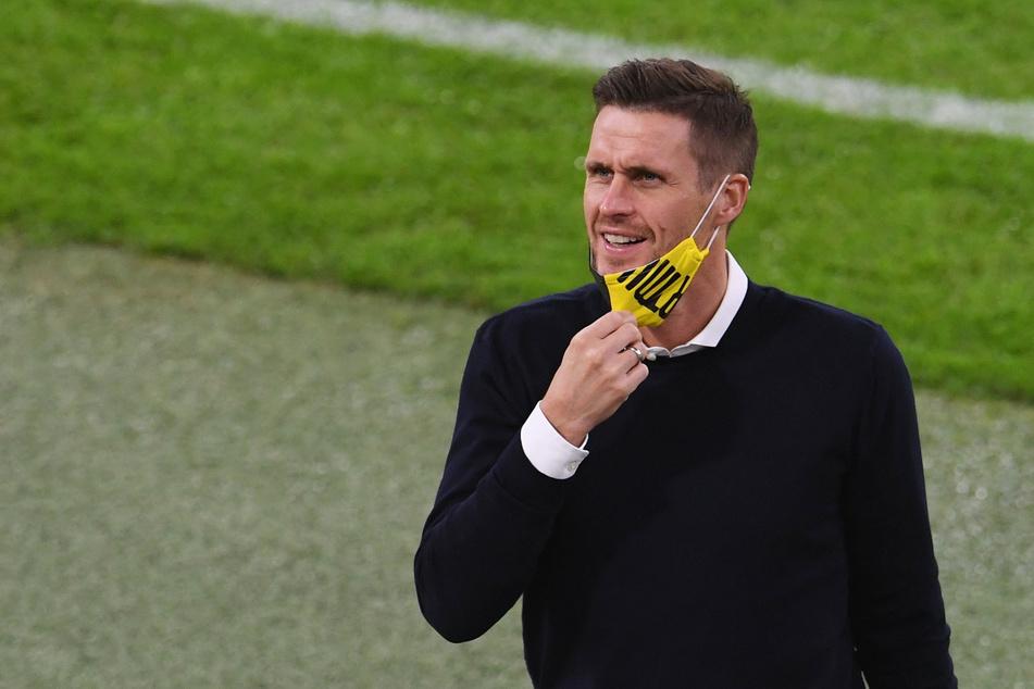 Sebastian Kehl (41) lässt sich auf dem Transfermarkt noch einiges offen. Was passiert noch bei der Borussia aus Dortmund?