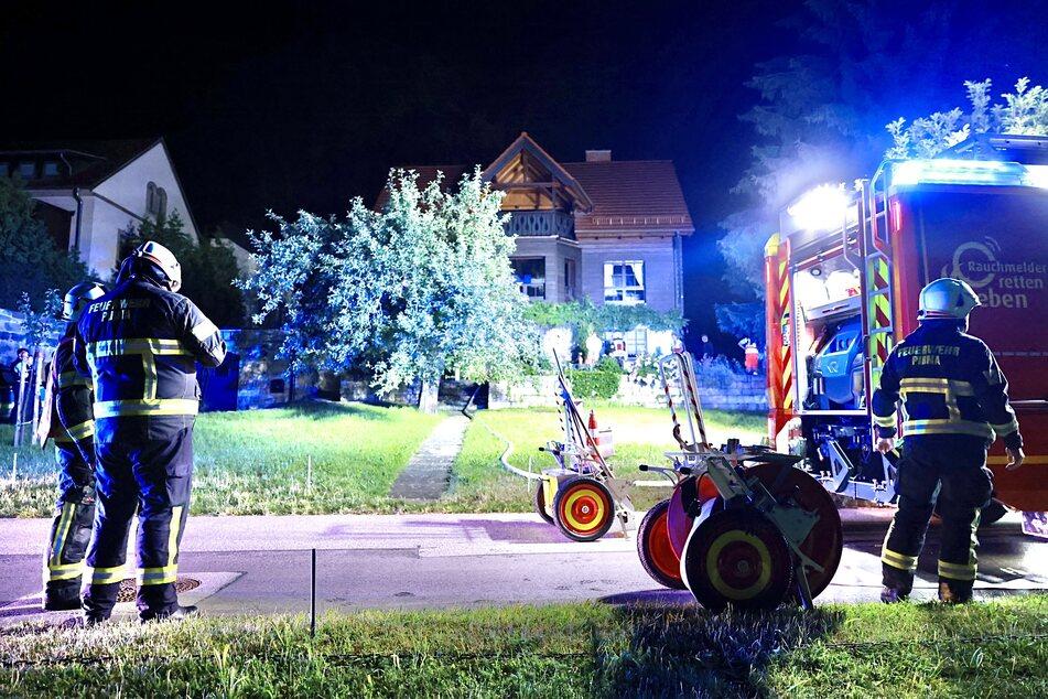 Lampe angelassen: Schwelbrand ruft Feuerwehr auf den Plan