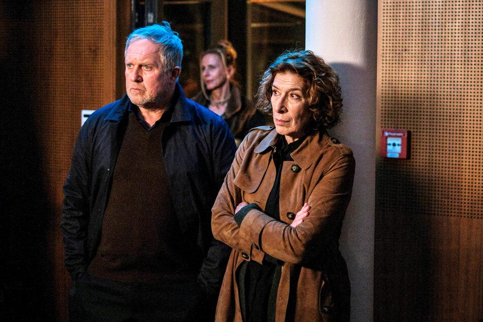 Moritz Eisner und Bibi Fellner (Adele Neuhauser, 61) ermitteln heute Abend im Obdachlosenmilieu.