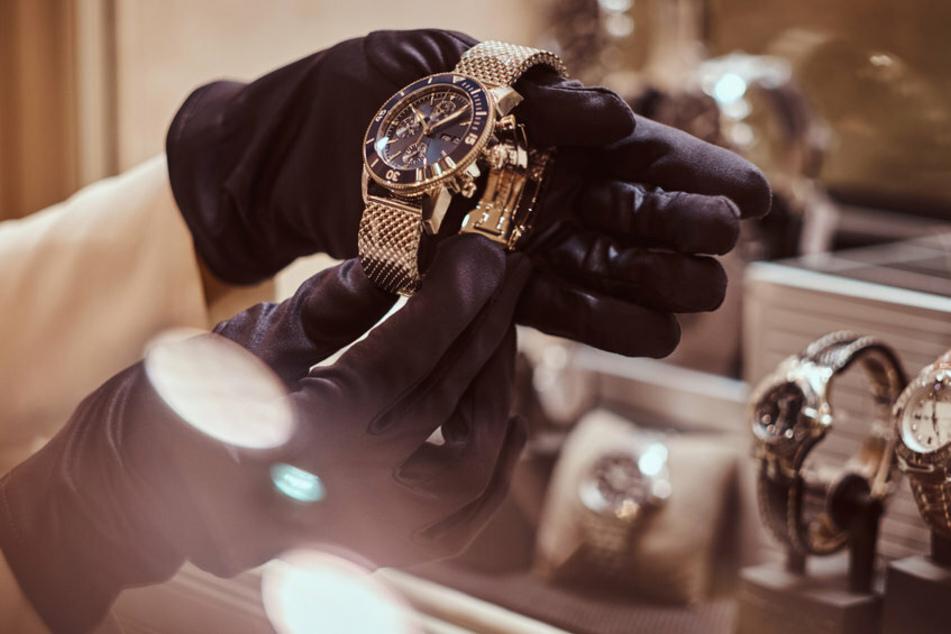 In Paris haben es viele Diebe vor allem auf Luxusuhren abgesehen. (Symbolbild)