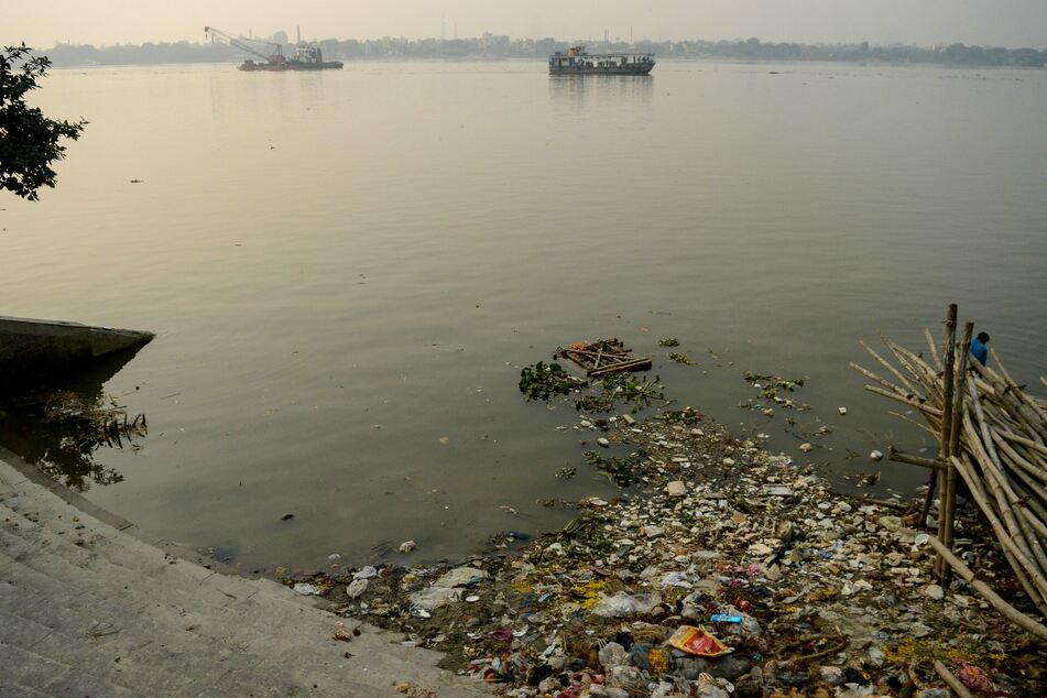 Ufer des Ganges in Kolkata.