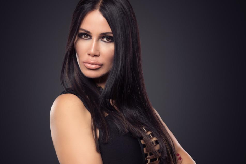 Djamila Rowe (53) wird von RTL als Society-Lady vorgestellt.