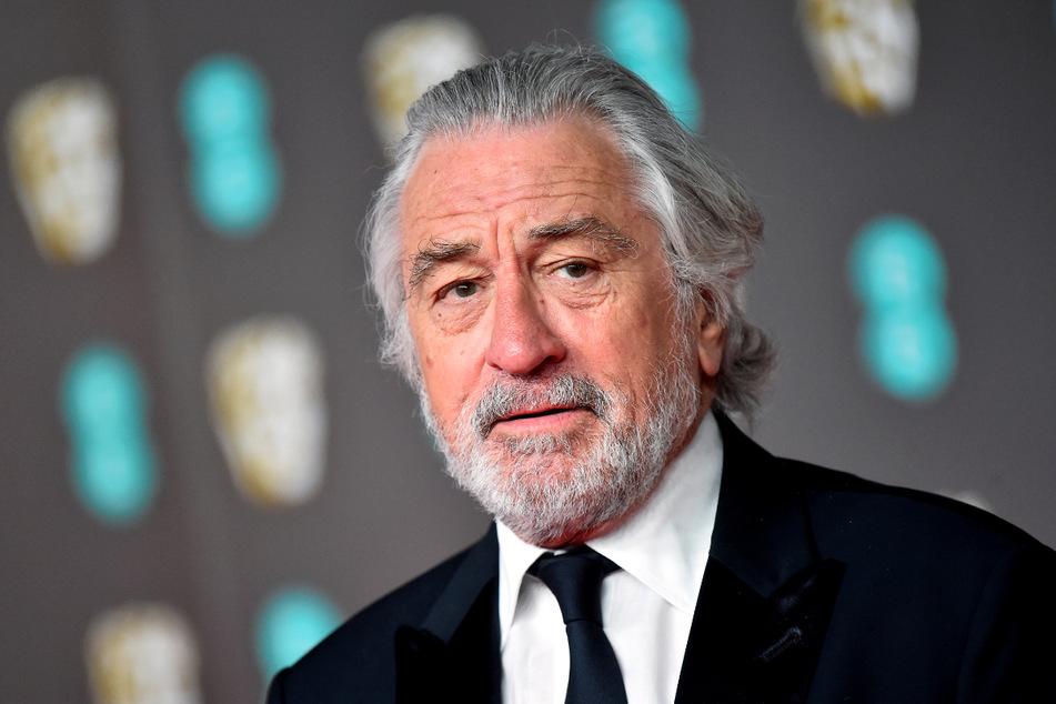 """Hat sich Robert De Niro (77) bei den Dreharbeiten zu """"Killers Of The Flower Moon"""" ein Bein gebrochen?"""