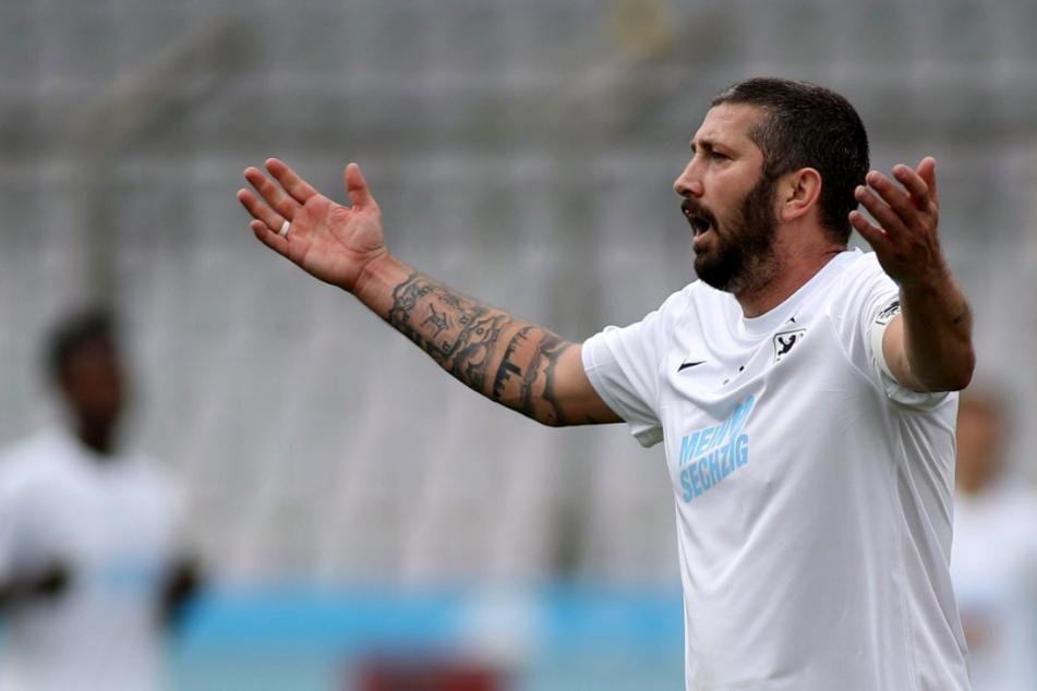 Führungsspieler Sascha Mölders (36) warnt vor der harten Konkurrenz in der 3. Liga.