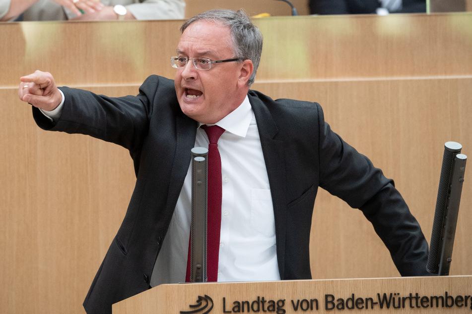 """SPD-Fraktionschef Andreas Stoch (51) brachte eine unabhängige """"Tierschutzeinheit BW"""" ins Spiel, die Missstände an Schlachthöfen offenlegen und sanktionieren soll."""