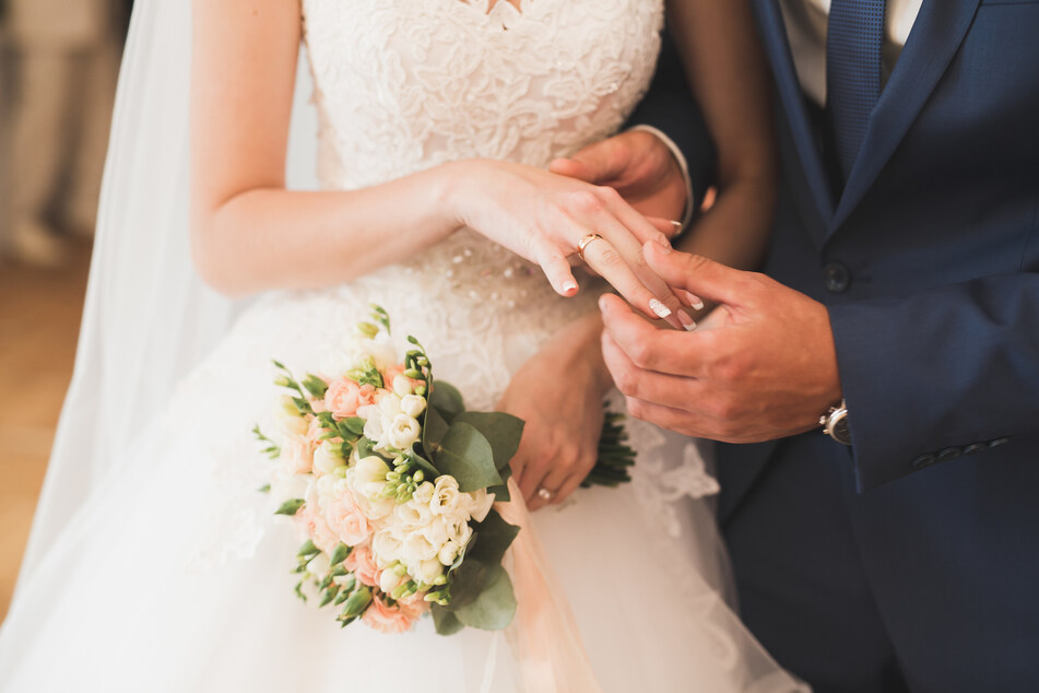 Eine Hochzeit soll normalerweise Grund zur Freude liefern. Einem australischen Ehepaar wurde nun aber das Glück durch eine Hiobsbotschaft verdorben. (Symbolbild)