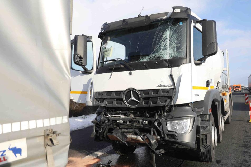 Kilometerlanger Stau auf A4 Richtung Dresden nach zwei Unfällen