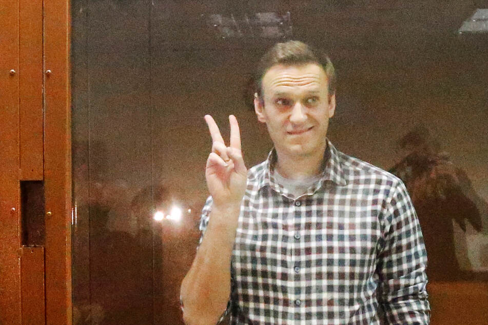 Russisches Gericht verkündet: Kremlkritiker Nawalny muss viele Jahre in ein Straflager!