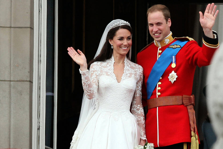 William and Kate share romantic photos on their tenth wedding anniversary