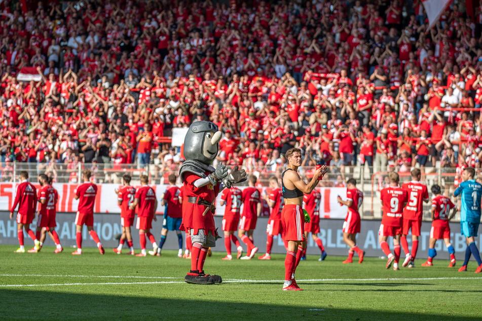 Trotz Verbot von Gäste-Fans: 300 Unioner fahren zum Spiel nach Helsinki