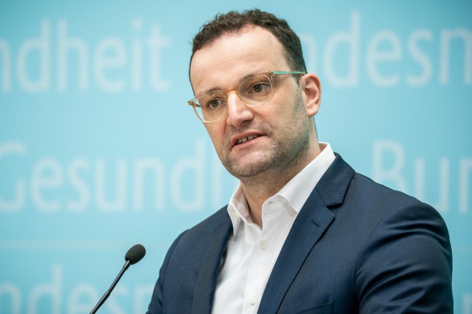 Überschreitet Gesundheitsminister Jens Spahn (39, CDU) mit seinen neuen Gesetzesentwürfen Grenzen?