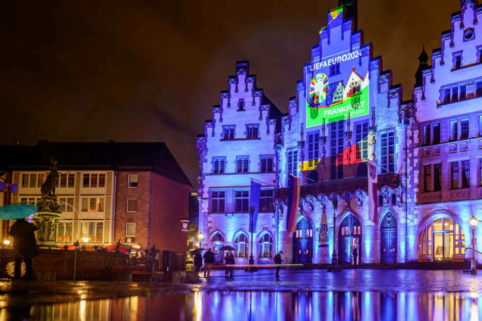 Frankfurt: Frankfurt präsentiert mit Illumination Logo für Fußball-EM 2024