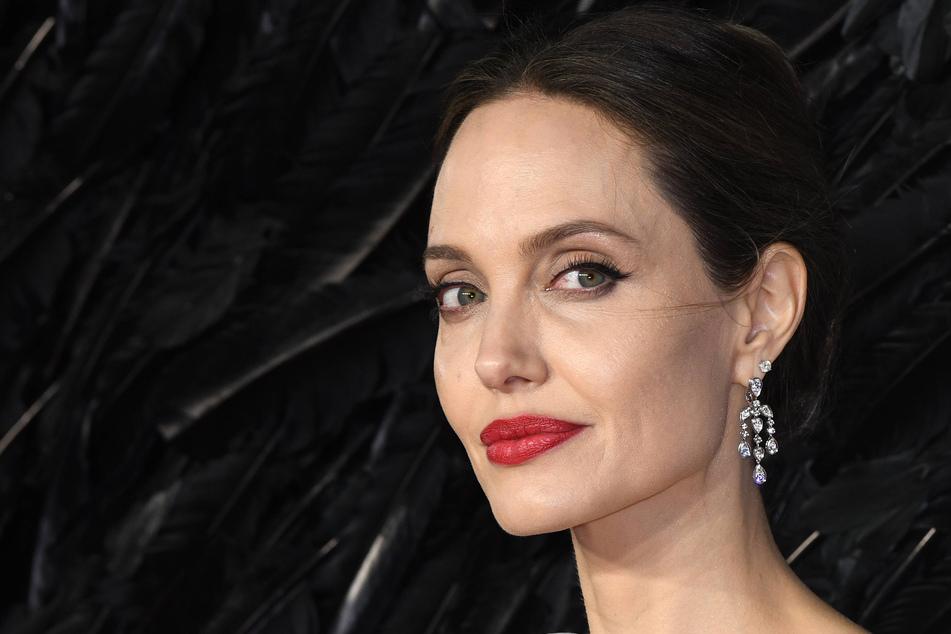 Angelina Jolie hawks expensive gift she got from Brad Pitt