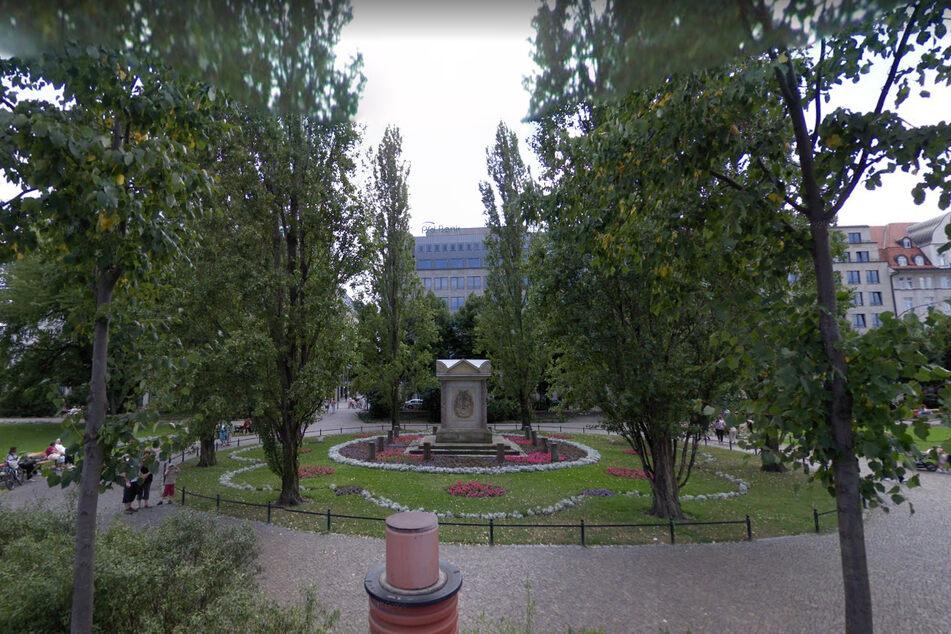 Am Dienstagnachmittag prügelten sich mehrere Personen im Park gegenüber des Hauptbahnhofs. (Archivbild)