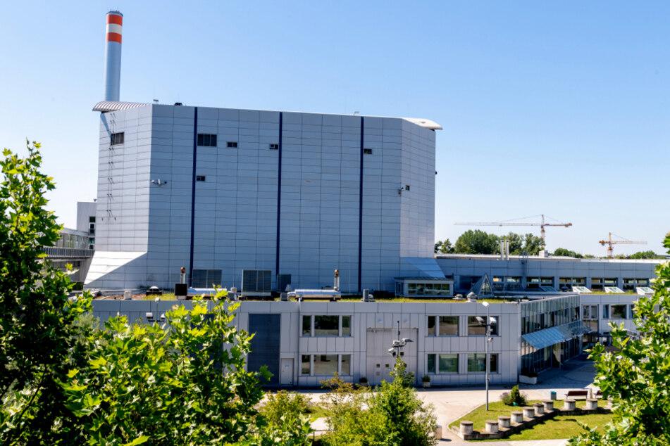 Der Forschungsreaktor München II (FRM II) steht auf dem Gelände der Technischen Universität München (TUM) im Norden der bayerischen Landeshauptstadt.