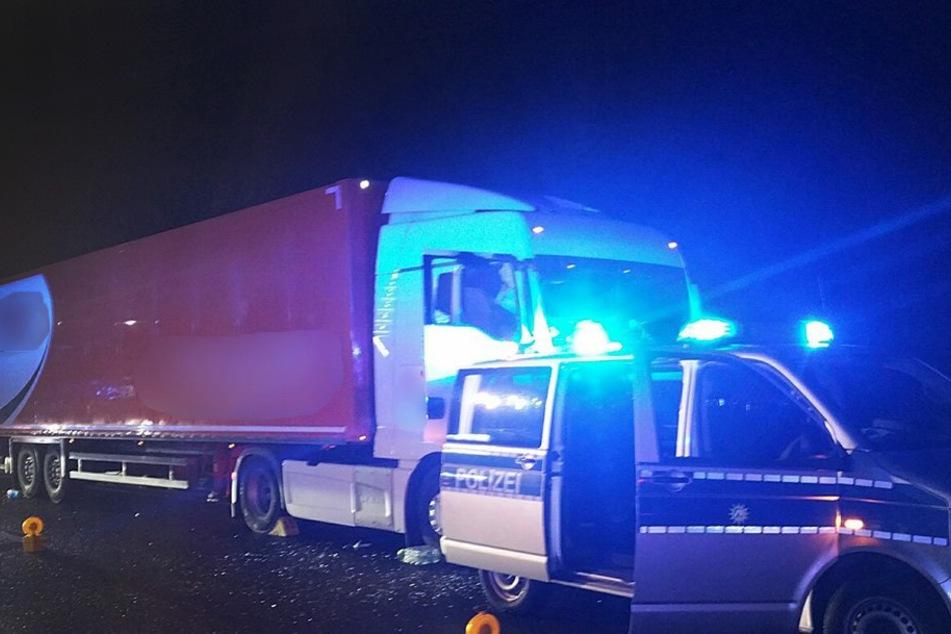 Lkw-Fahrer sackt zusammen: Helden stoppen rollenden Laster und werden ausgezeichnet