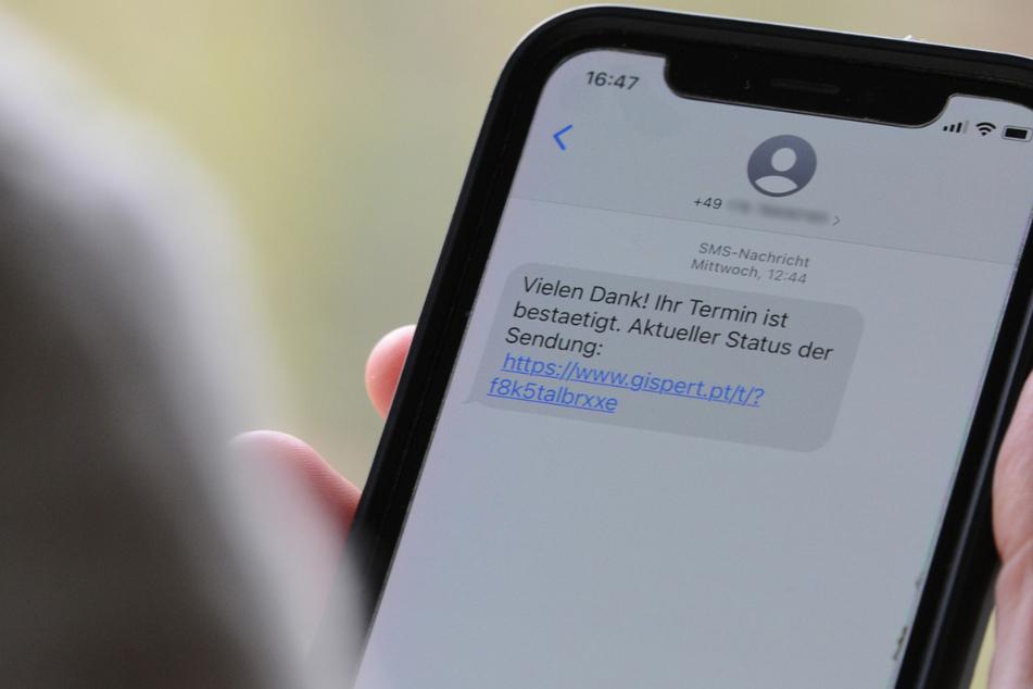 Köln: Vorsicht vor Abzock-SMS! Sie sind als Nachrichten für Pakete getarnt