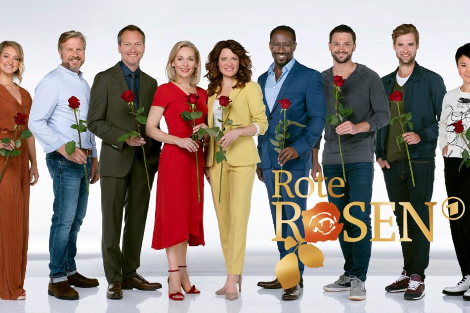 """""""Rote Rosen"""": Das Team der Serie musste die Dreharbeiten vorerst einstellen."""