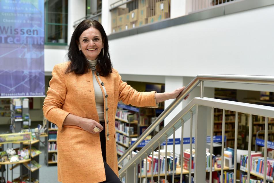 Elke Beer (63) geht in Ruhestand: Am Freitag hatte die Leiterin der Stadtbibliothek ihren letzten Arbeitstag.