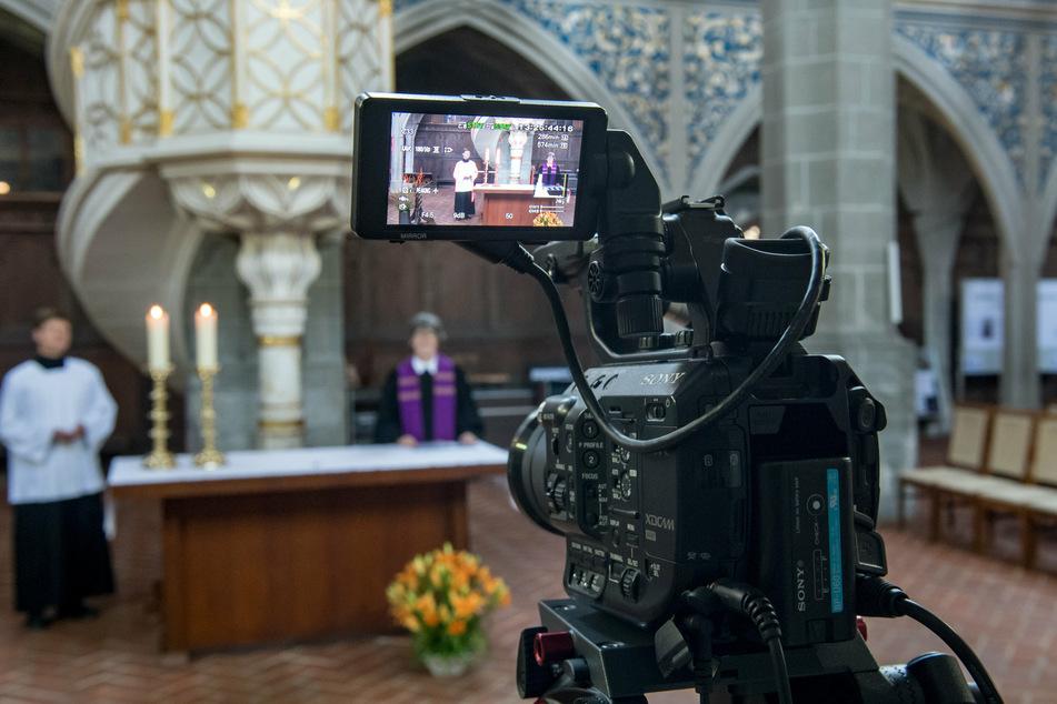 Zahlreiche Gottesdienste werden an Ostern übers Internet übertragen.