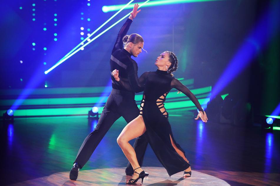 """Nach 30 Punkten in der Vorwoche erhielten Fußballer Rúrik Gíslason und Renata Lusin (beide 33) dieses Mal """"nur"""" 26 Punkte für ihren Tango."""