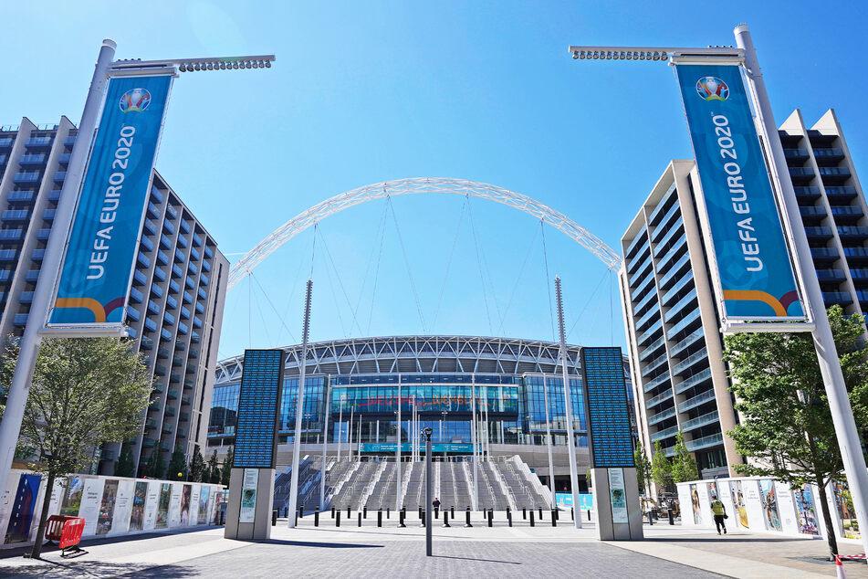 Das Wembley-Stadion hat 90.000 Sitzplätze. Zum Finale am 11. Juli dürfen 40.000 besetzt werden.