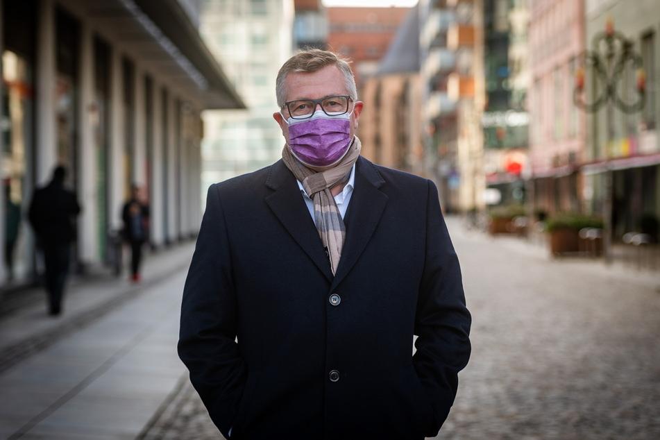 Ordnungsbürgermeister Miko Runkel (60, parteilos) bestätigt, dass die Überwachungskameras in der Chemnitzer Innenstadt auch zum Aufspüren von Corona-Sündern genutzt werden.