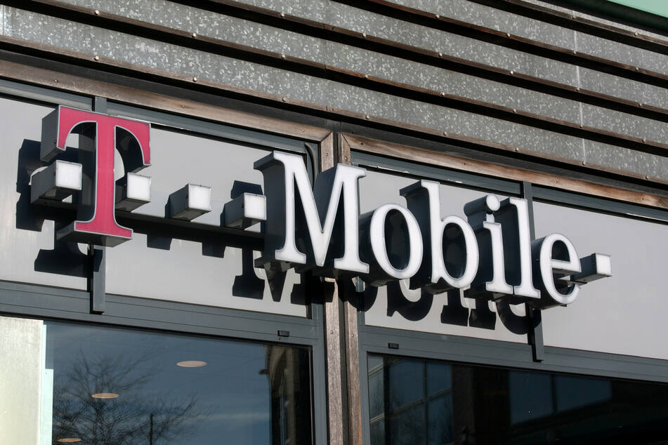 SIM-swap: What is it and what does it have to do with the T-Mobile breach?
