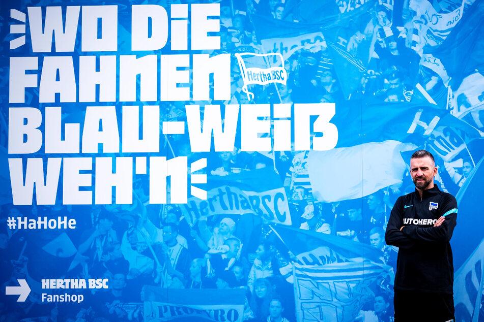 Vedad Ibisevic hat seine Karriere beendet und wird künftig als Offensivtrainer bei Hertha BSC arbeiten.