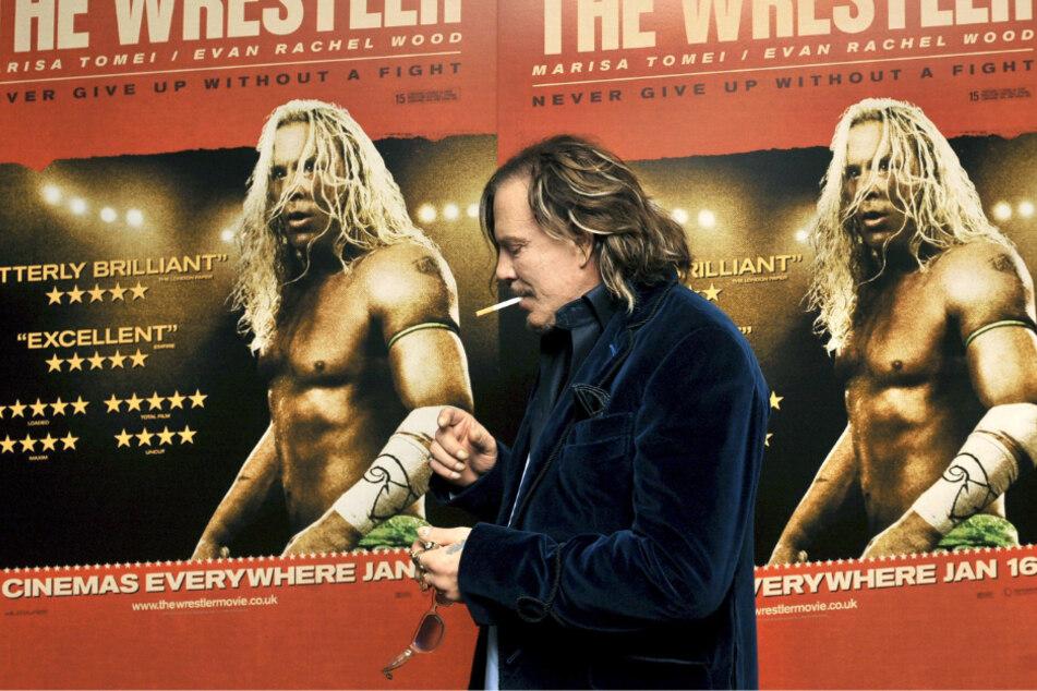 """London 2009: Mickey Rourke kommt zur britischen Premiere von Darren Aronofskys neuem Film """"The Wrestler""""."""