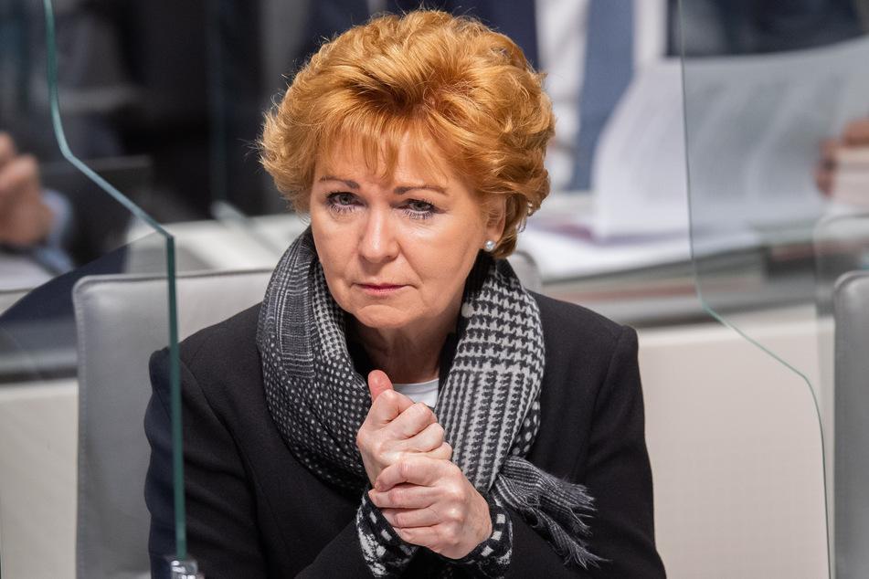 Barbara Havliza (63, CDU), Justizministerin von Niedersachsen, sitzt im niedersächsischen Landtag.