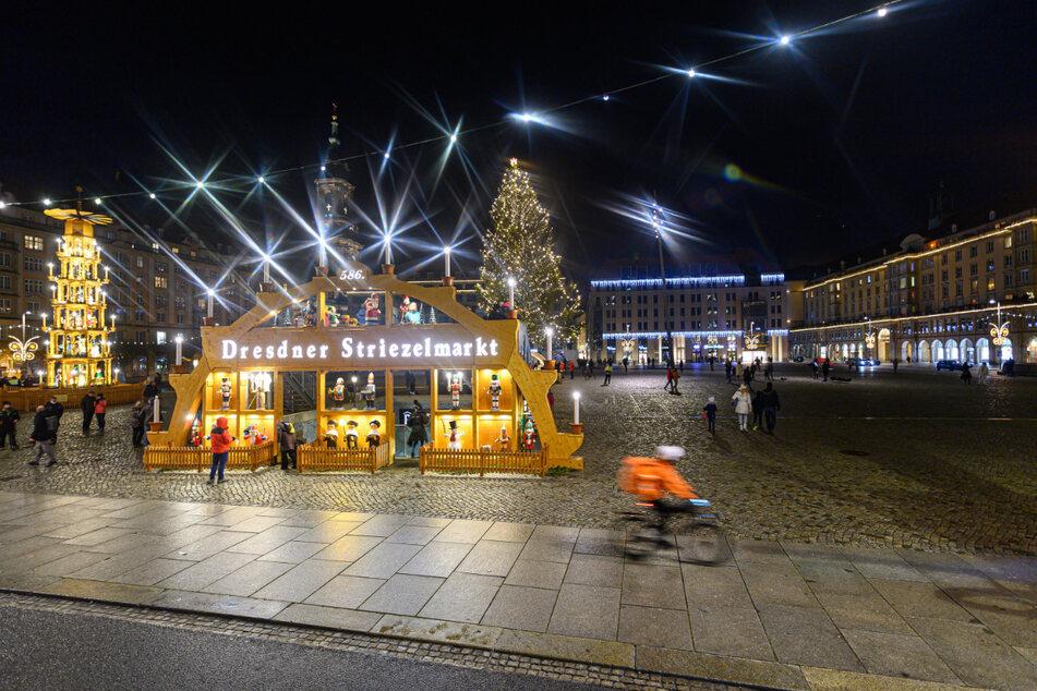 Der aktuelle Blick auf den Dresdner Altmarkt erinnert zumindest ein bisschen an den Striezelmarkt.