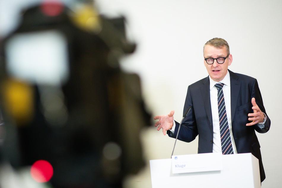 Stefan Kluge, Direktor der Klinik für Intensivmedizin des Universitätsklinikums Hamburg-Eppendorf (UKE), fordert eine Impfung von Schwangeren.