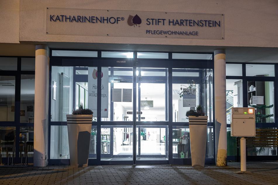 Das Altenpflegeheim Katharinenhof-Stift in Hartenstein: Hier starben binnen sieben Tagen zwölf Bewohner infolge einer Corona-Infektion.