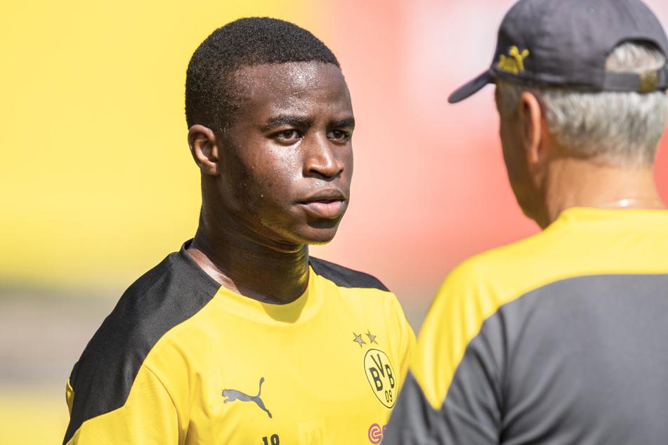 Am Freitag wird Youssoufa Moukoko 16 Jahre alt. Theoretisch könnte er also am Samstag schon in der Bundesliga-Partie gegen Hertha für den BVB auflaufen.