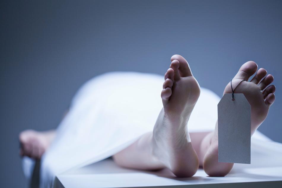 Ein Medizinstudent war schockiert, als er erkannte, wer die Leiche ist. (Symbolbild)