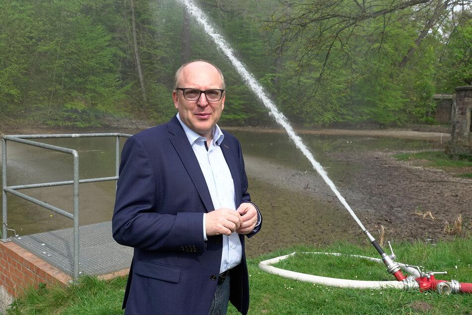 Der Stadtrat wird Sven Schulze (48, SPD) als neuen Oberbürgermeister wählen.