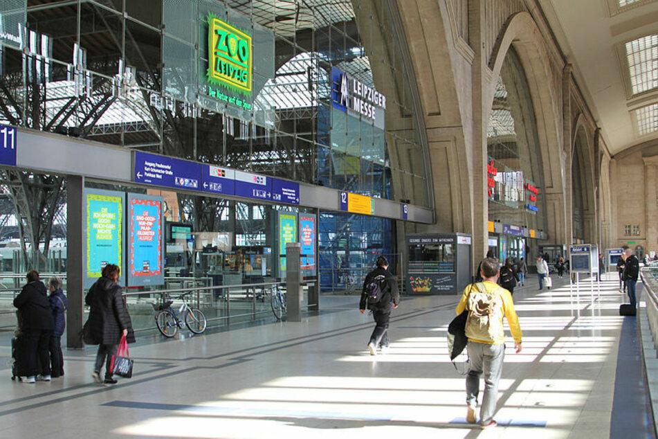 Der 35-Jährige wollte am Hauptbahnhof zwei Hot Dogs mitgehen lassen. (Archivbild)
