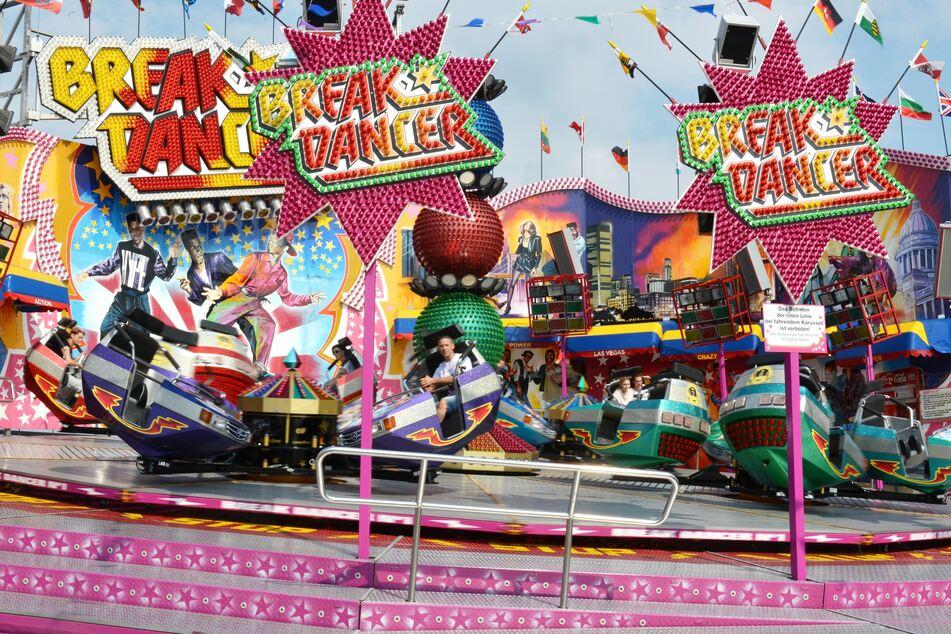"""Blick auf die Attraktion """"Breakdancer"""", die auch beim Kreischaer Jahrmarkt Station machte. (Symbolbild)"""