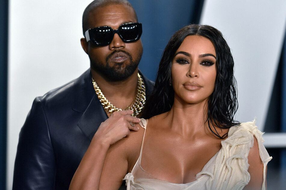 Kim Kardashian (r) and Kanye West (l) at the Vanity Fair Oscar party in Beverly Hills in February 2020.