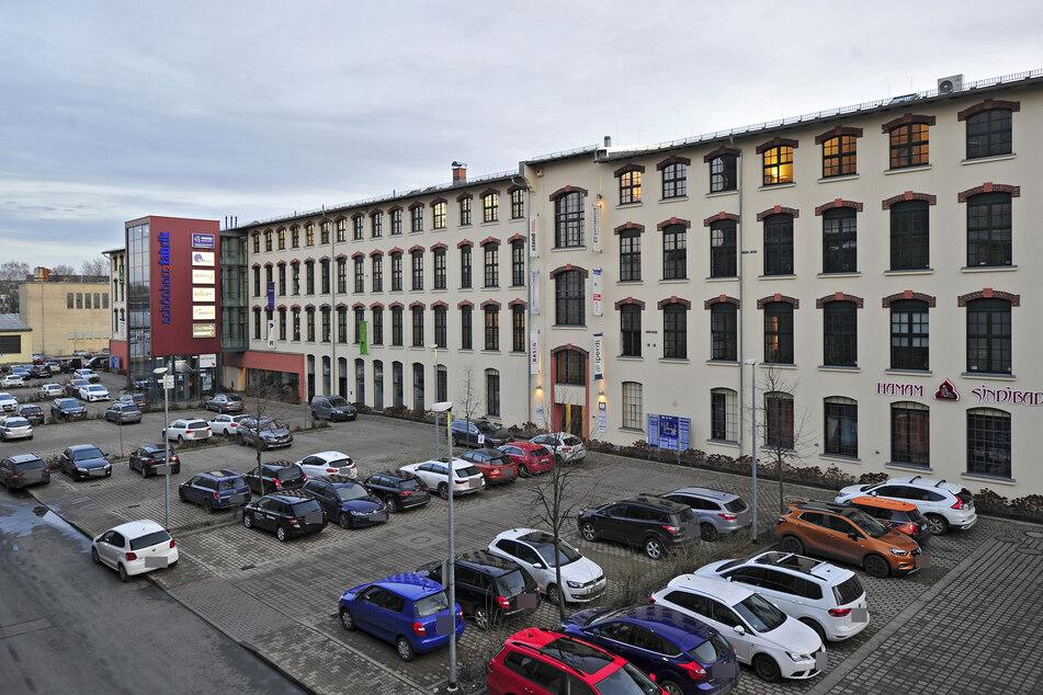 In der Schönherrfabrik könnt Ihr Sachspenden für die Flutopfer in NRW und Rheinland-Pfalz abgeben.