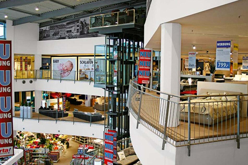 Möbelhaus in Dessau-Roßlau lässt bis 13.3. nur mit Termin rein und startet krasse Aktion