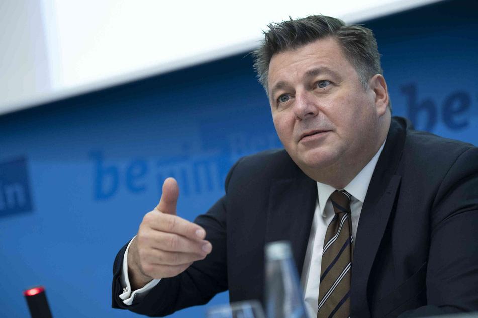 Innensenator Andreas Geisel (54, SPD)