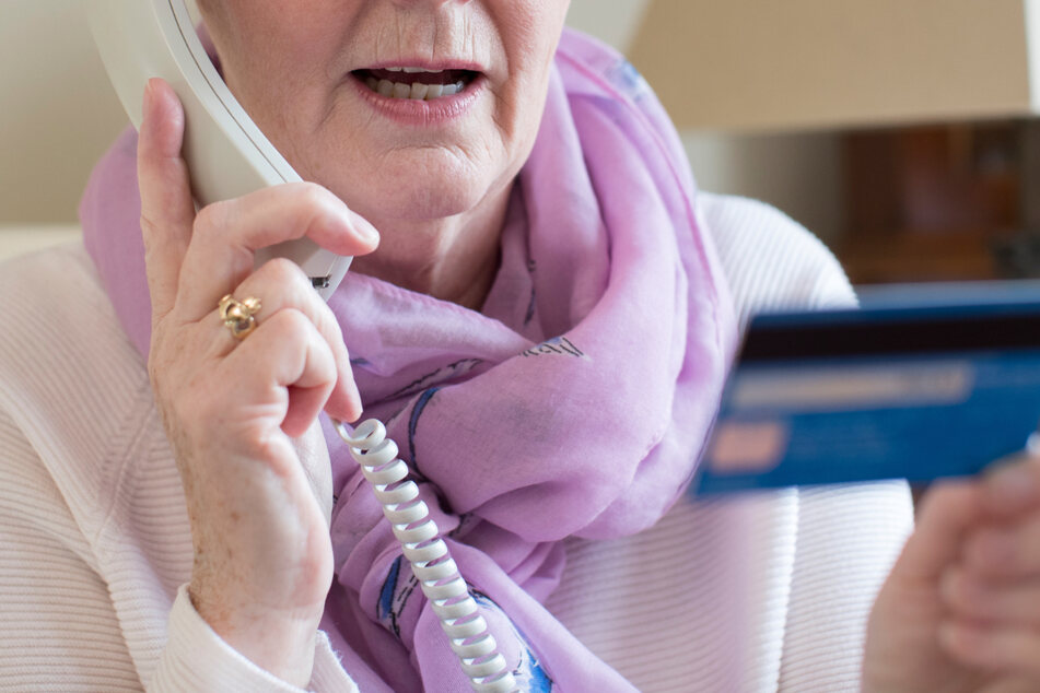 Dass sich Betrüger am Telefon für Polizisten ausgeben, ist keine Seltenheit mehr. (Symbolfoto)