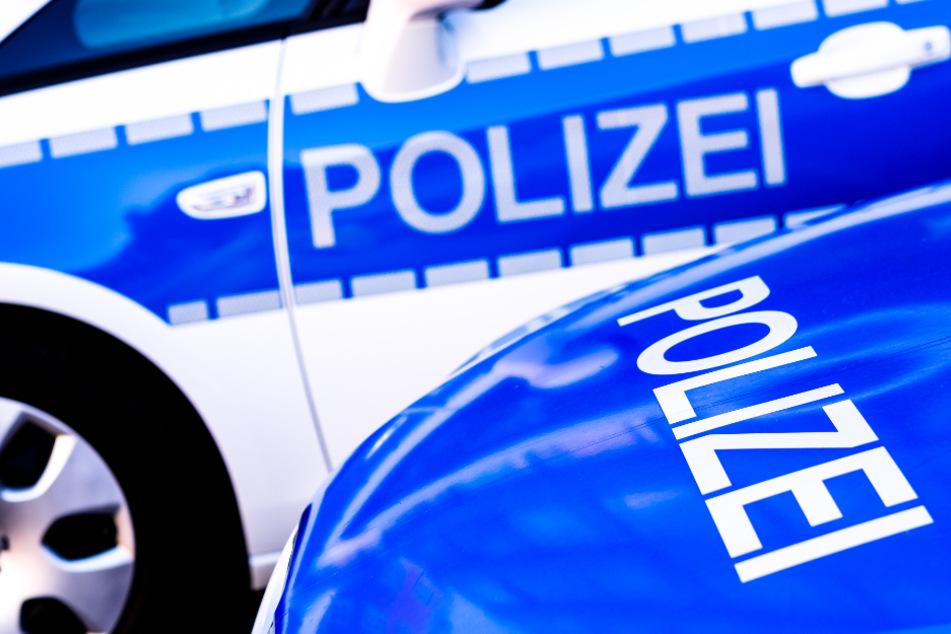 Die Polizei hofft nun auf Hinweise durch Zeugen. (Symbolbild)