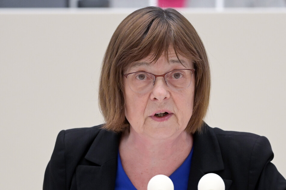 Gesundheitsministerin Ursula Nonnemacher (63, Grüne) sieht eine Öffnung der Innenräume von Gaststätten kritisch.