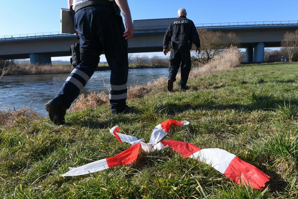 Leiche in der Weser gefunden: Gewalttat vermutet