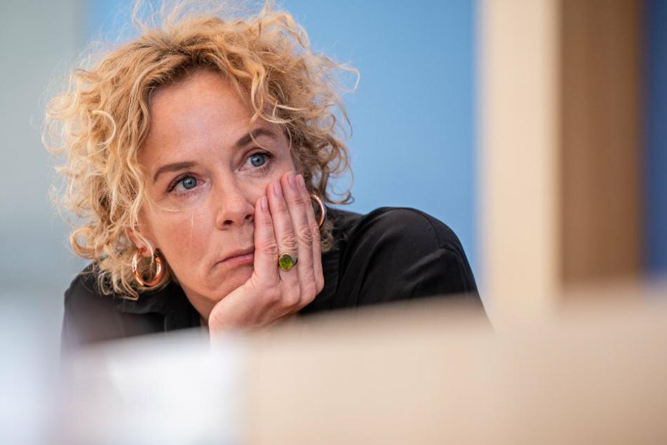 Katja Riemann (56), Schauspielerin, nimmt an einer Pressekonferenz von Pro Asyl und dem Flüchtlingsrat Berlin zur Aufnahme von Flüchtlingen aus Griechenland teil.
