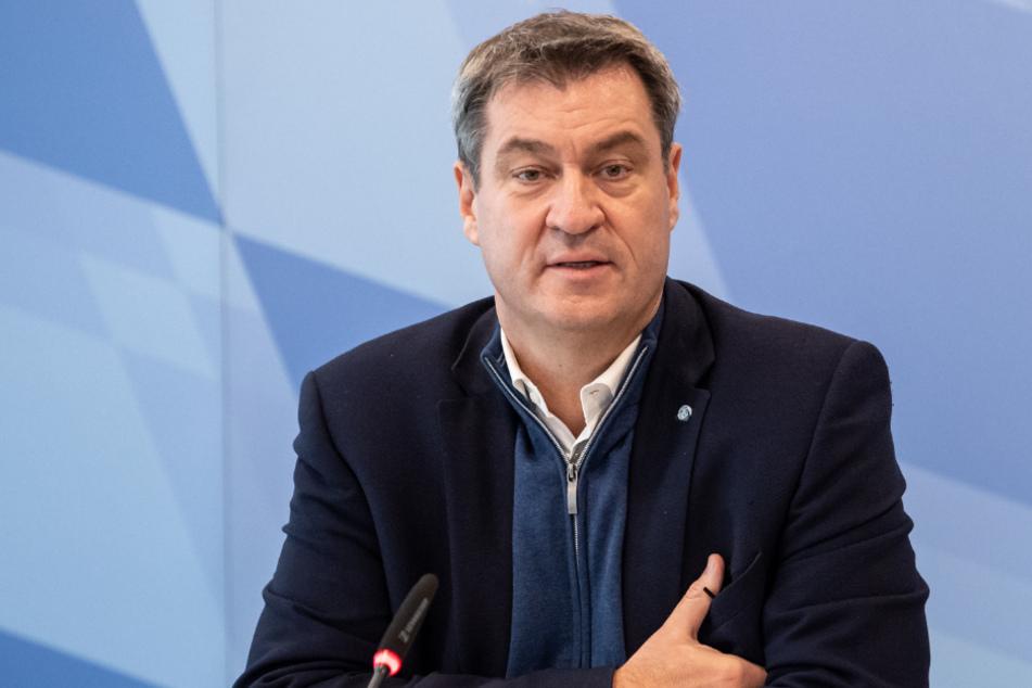 Markus Söder (53, CSU) geht auf Distanz zu dem bundesweit umstrittenen Beherbergungsverbot für Urlauber aus Corona-Hotspots.