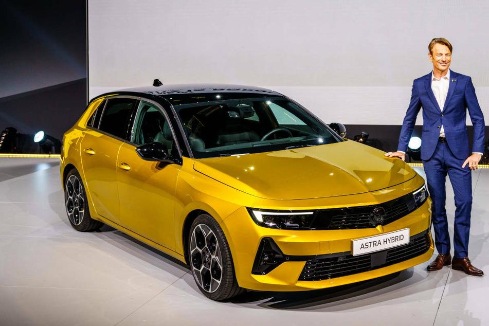 Uwe Hochgeschurtz, Opelchef in Deutschland, stellte am Mittwoch den neuen Opel Astra in Rüsselsheim vor.